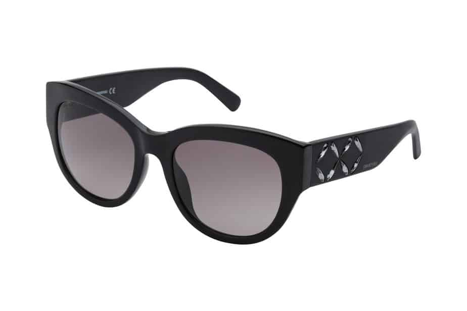 רשת אירוקה מציעה קולקציה של משקפי שמש שחורים גדולים של מגוון המותגים: פראדה, דולצ'ה גבאנה, גוצ'י, טום פורד, סוורובסקי,