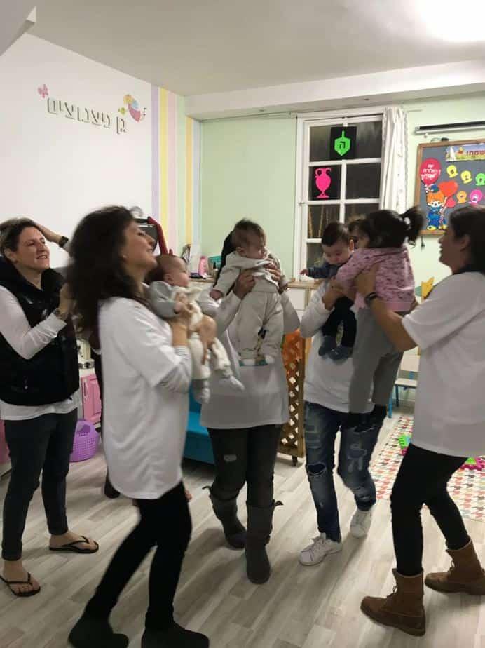 """מיזם חדש בעיר: שלישי קורן לתינוק ולאם ע""""ש קורן שמש"""