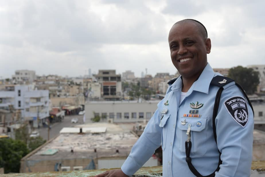 השוטר הקהילתי ג'רמי מקונן
