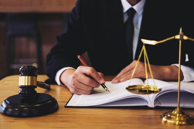 עורך דין נזיקין מומלץ