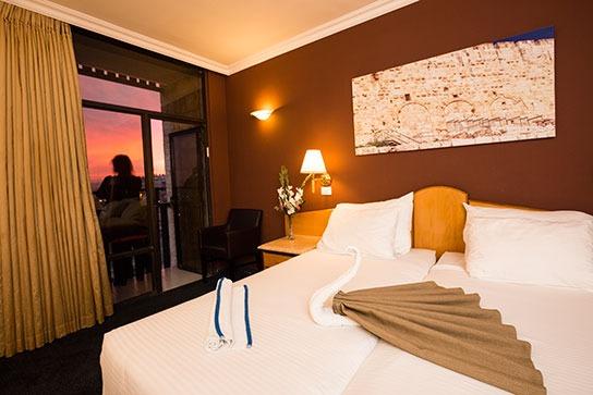 חדר במלון גני ירושלים
