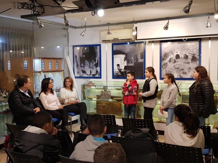 פרלמנט הילדים הציג לראש העיר יוזמה לתיעוד סיפורי העליות