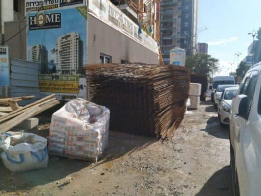 סכנות בטיחות באתרי בנייה ביהוד
