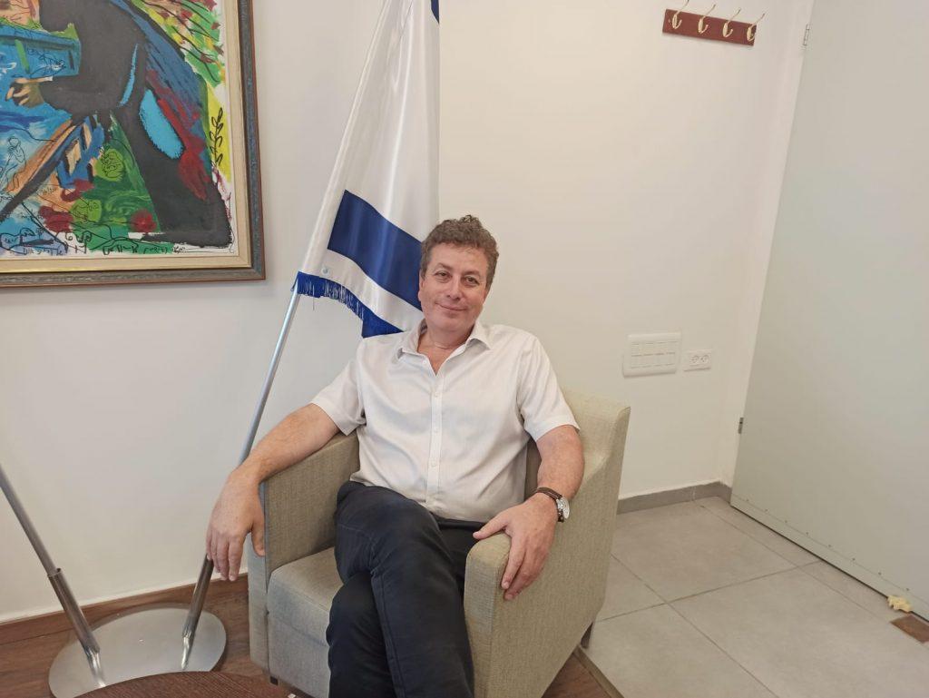 ראש עיריית קריית אונו. ישראל גל