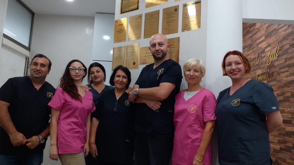 צוות המרפאה של ד''ר עמאשה