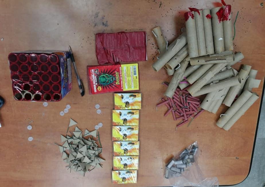 אור יהודה -חשד לסחר בצעצועים מסוכנים.קרדיט: דוברות המשטרה.