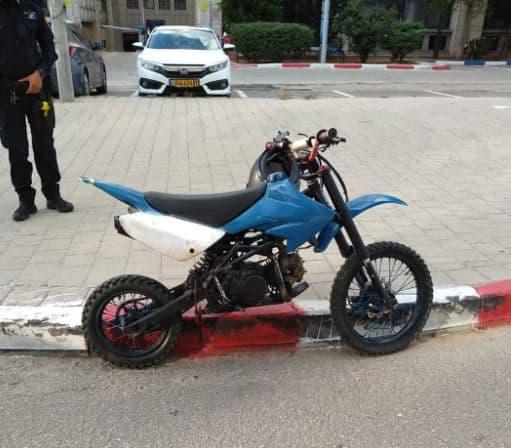 האופנוע שהוחרם. תמונה באדיבות המוקד העירוני אור יהודה