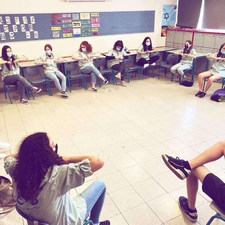 """בתמונה: פעילות בתנועת """"כנפיים של קרמב צילום: מחלקת הנוער והצעירים"""