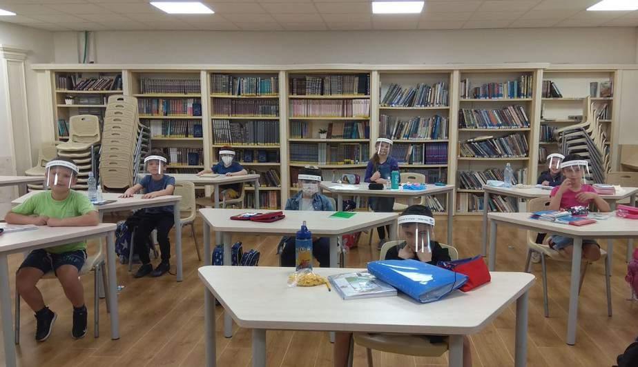 תלמידי כיתות ד'-ו' ילמדו חמישה ימים. מתווה לפתיחת שנת הלימודים בגבעת שמואל. צילום: דוברות העירייה
