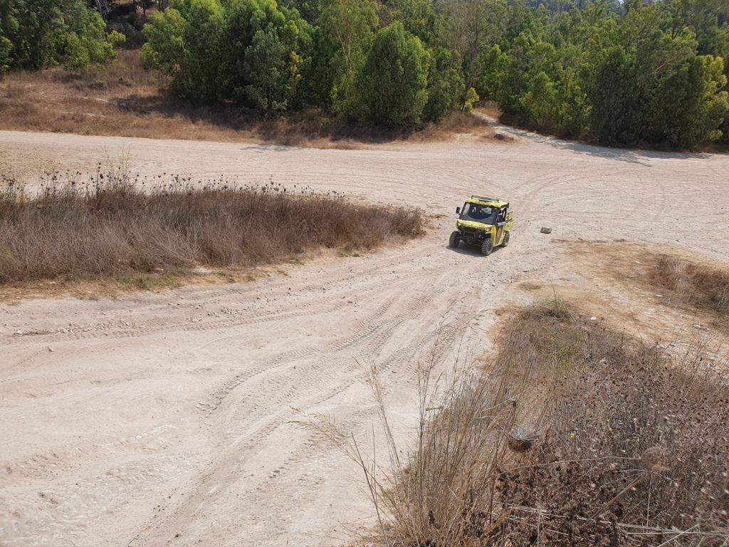 """נהיגה בתנאי שטח (צילום: דוברות מד""""א)"""