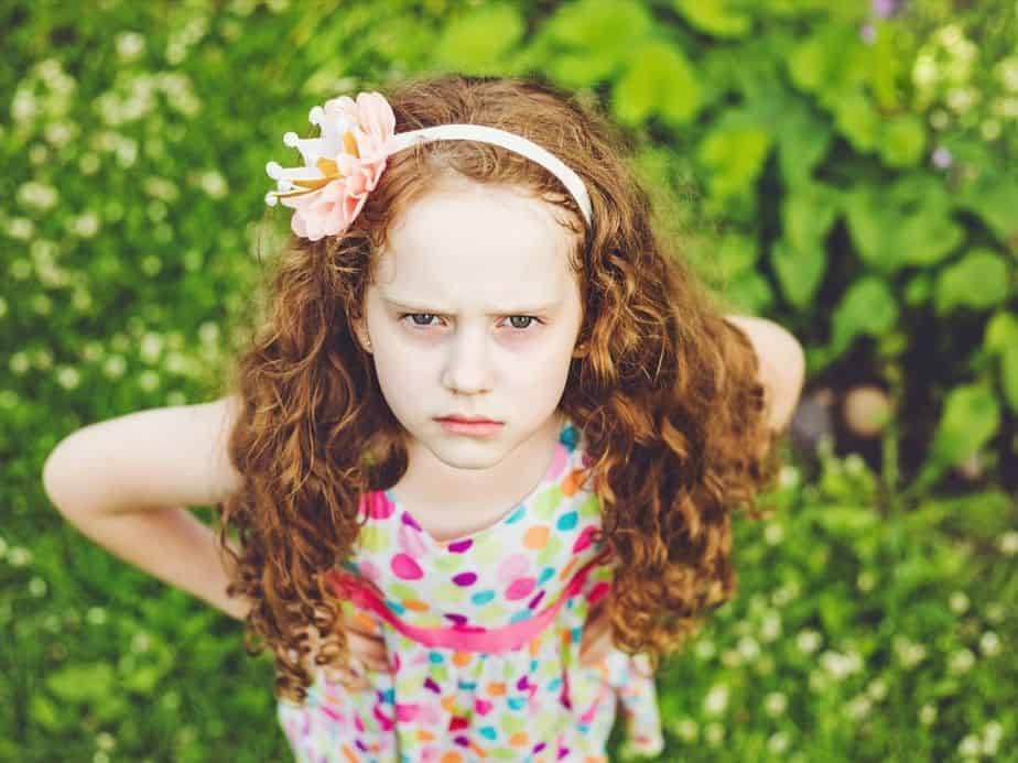canva ילדה כועסת