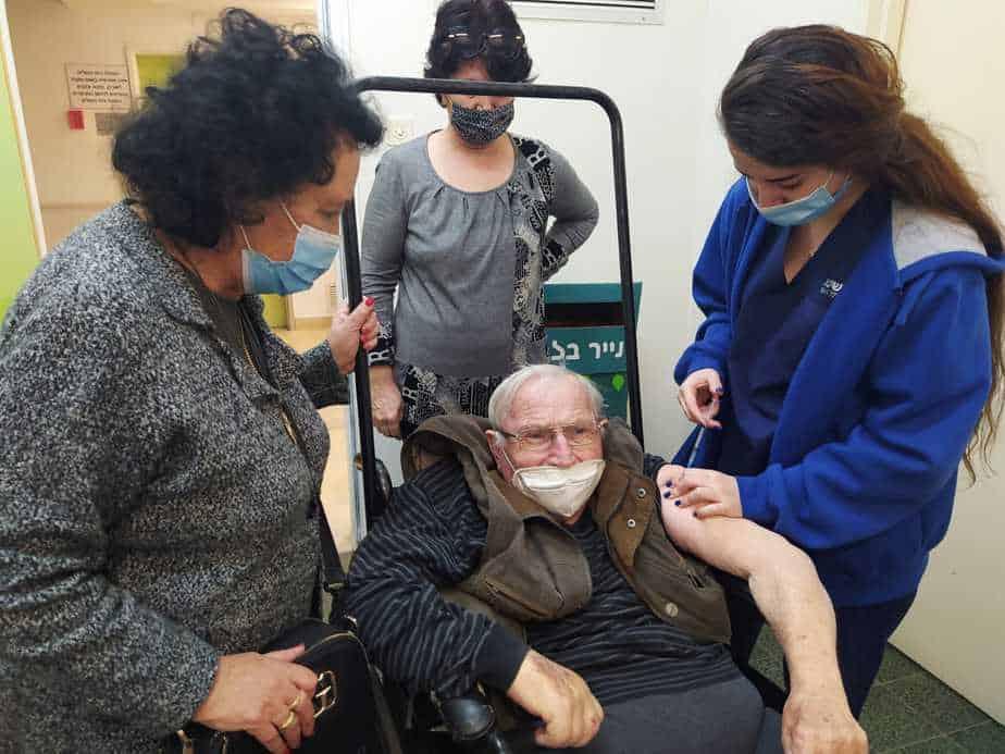 חיסונים לקורונה תל השומר יהוד