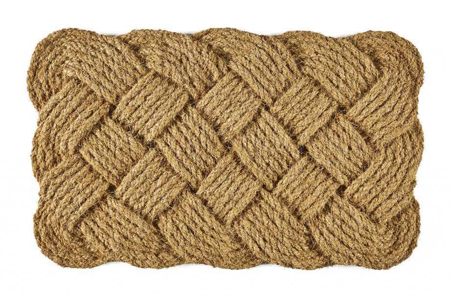 שטיח כניסה קוקוס 110 ש_ח. להשיג בחברת אחים עיני צילום _ רועי שר