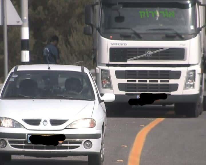 תאונות דרכים בעיר במעורבות רכב כבד (צילום אור ירוק)