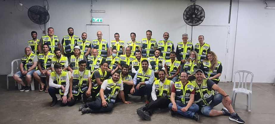 מתנדבים חדשים בידידים (צילום ידידים)