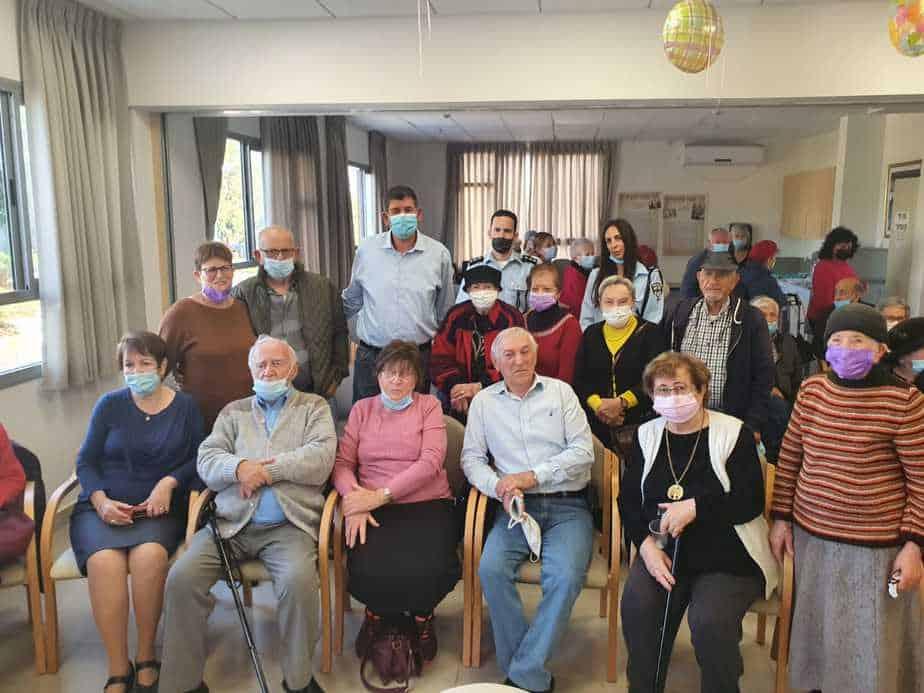 טקס מרגש לזכרון השואה בגבעת שמואל (צילום דוברות העירייה)