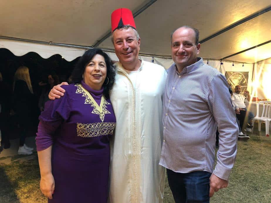 ישראל גל חוגג מימונה בבית משפחת מוצפי (צילום פרטי)