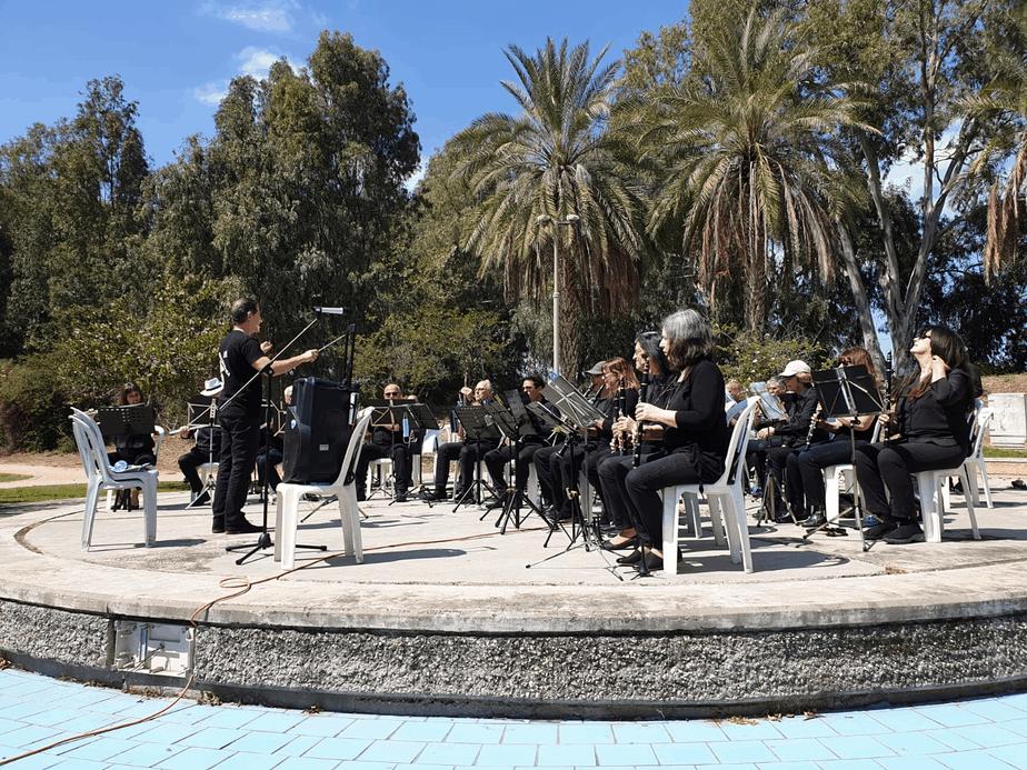 בן חורין אלכסנדר יחצ קונצרט אור יהודה. צילום- באדיבות מגדלי הים התיכון סביון