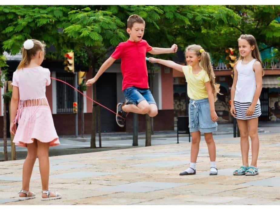 תלמידים בקייטנות הקיץ. צילום אילוסטרציה: Canva