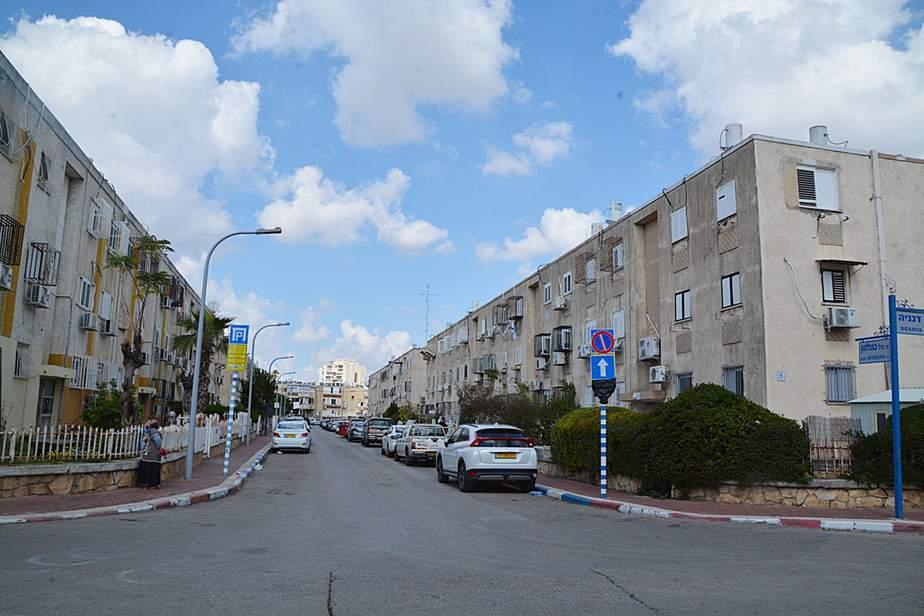 """מבנים ישנים באחת מהשכונות הדרומיות באור יהודה בקרבת נתב""""ג. צילום: דוברות עיריית אור יהודה"""