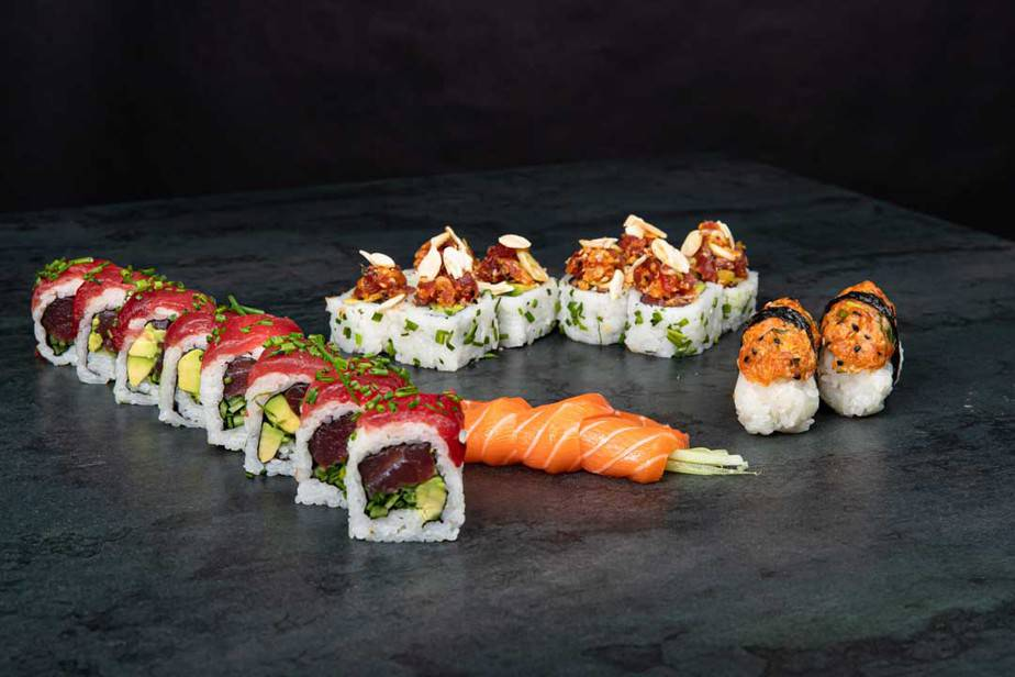 הונו סושי גבעת שמואל מסעדה אסיאתית.קומבינציה דגים, קרדיט צילום: גל זהבי
